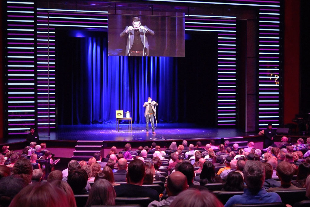 Corporate Magician Bryan Saint on stage in Las Vegas at the Rio Hotel